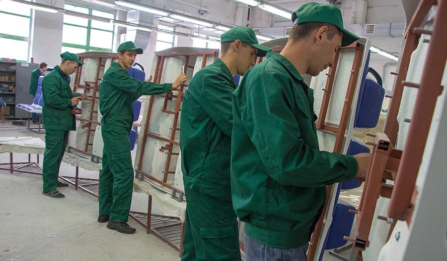 Стеклопластиковое производство